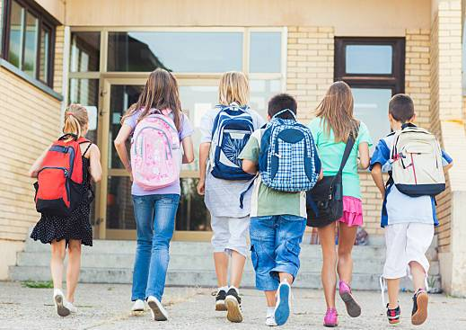 Is Your Child's Backpack Too Heavy? Proper Spine Care for the Younger Generation
