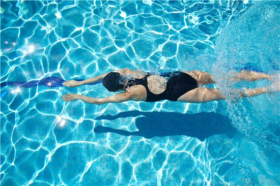 swim for back pain