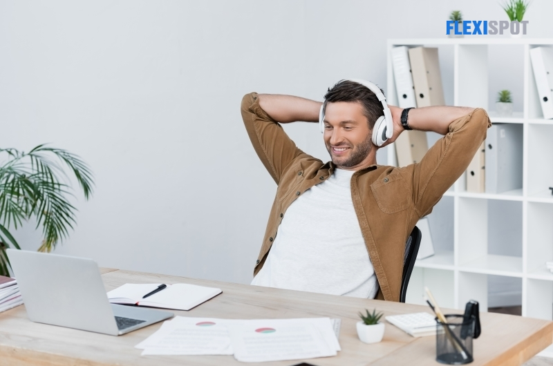 The Cheerful WFH-Person
